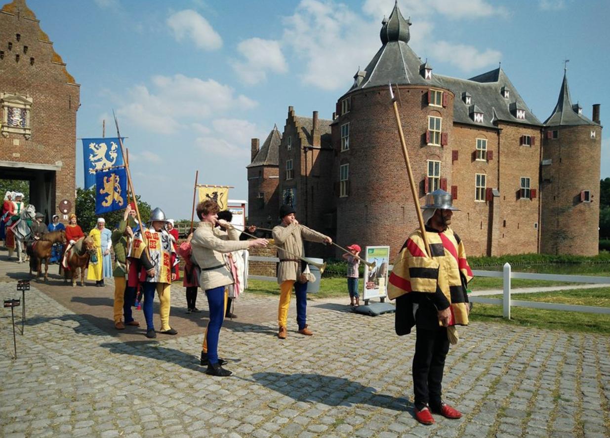 Gelredag op kasteel Ammersoyen over hertog Willem I van Gelre
